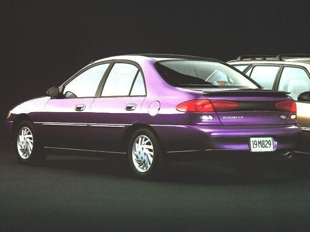 Photo Used 1997 Ford Escort LX Sedan Front-wheel Drive in Chico, CA