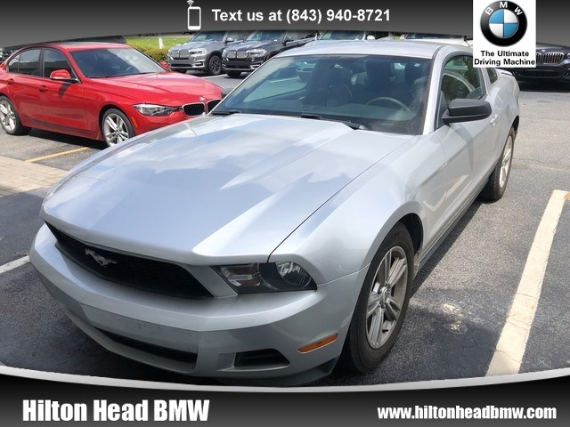 Photo 2011 Ford Mustang V6  Clean Trade In  Automatic Transmission  17 Coupe Rear-wheel Drive