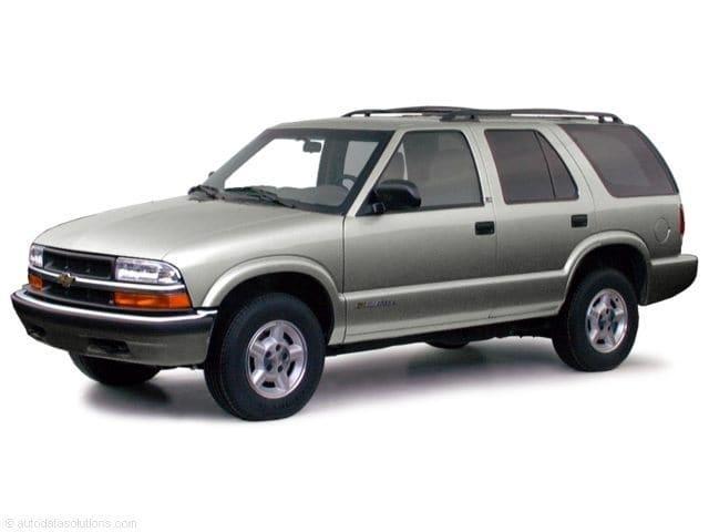 Photo Pre-Owned 2000 Chevrolet Blazer SUV in Greensboro NC
