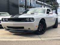 Pre-Owned 2010 Dodge Challenger 2D Coupe RWD