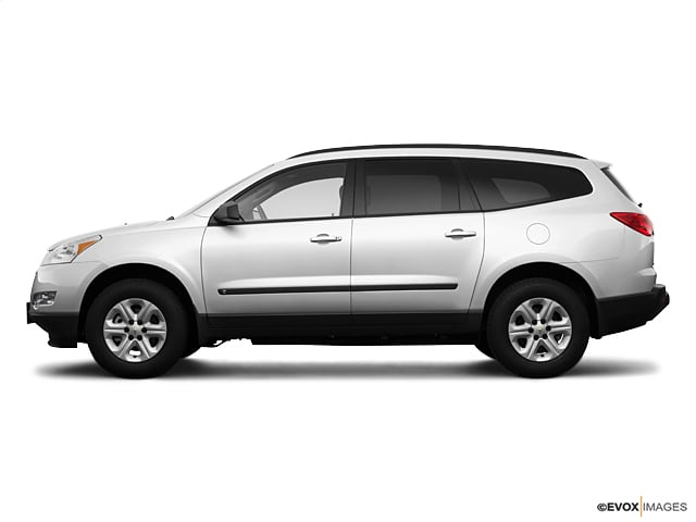 Photo Used 2009 Chevrolet Traverse LS in Ames, IA