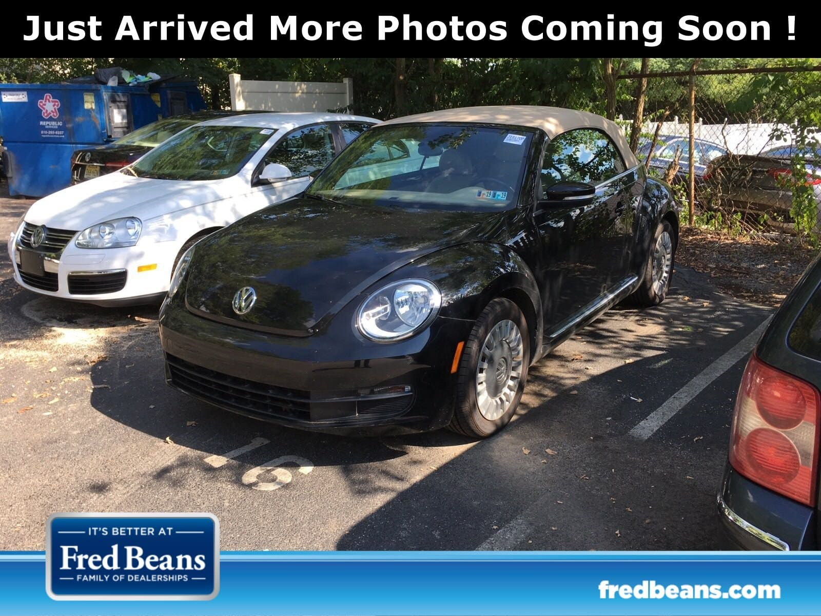 Photo Used 2014 Volkswagen Beetle For Sale  Devon PA