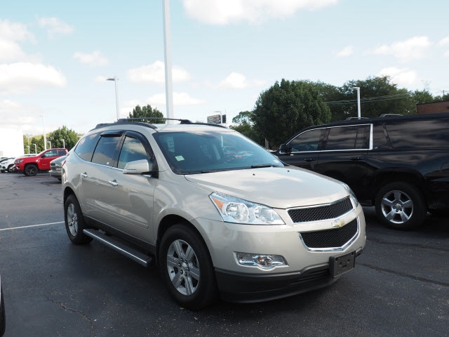 Photo Pre-Owned 2011 Chevrolet Traverse LT 1LT FWD LT 4dr SUV w1LT