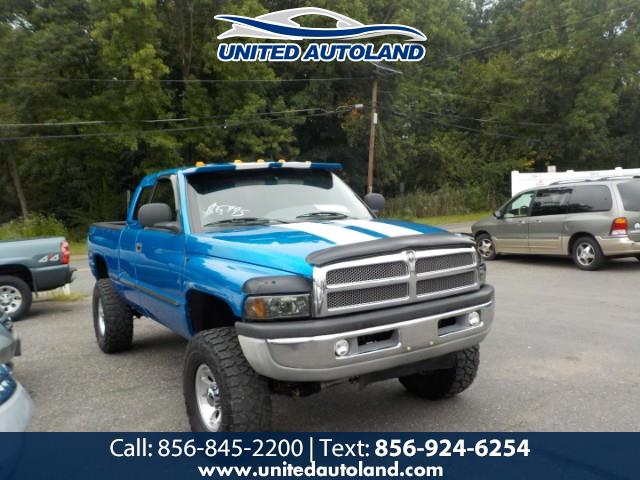 Photo 1998 Dodge Ram 2500 Club Cab 6.5-ft. Bed 4WD