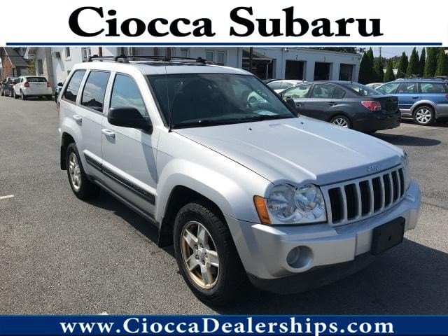 Photo Used 2006 Jeep Grand Cherokee Laredo For Sale in Allentown, PA