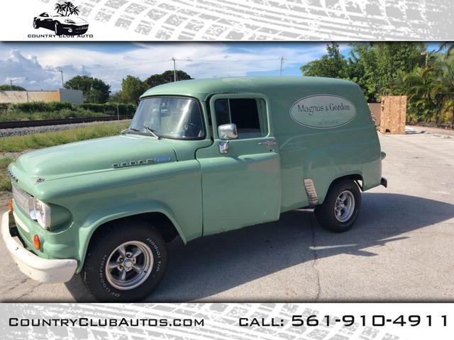 Photo 1963 Dodge D100 Custom 2WD