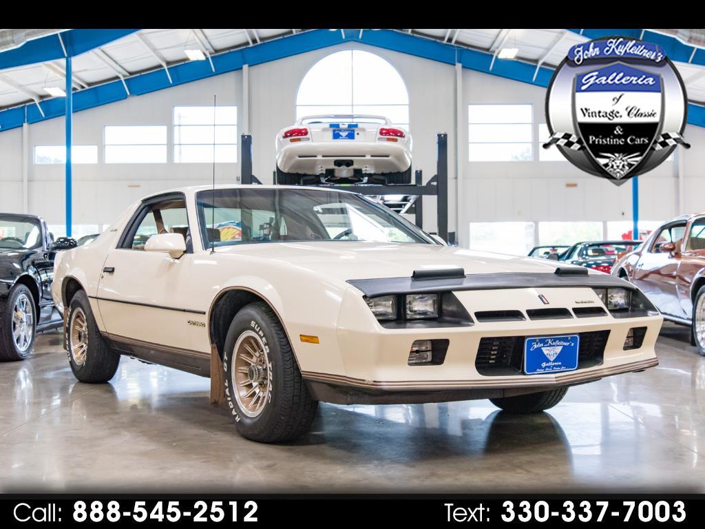 Photo 1984 Chevrolet Camaro Berlinetta