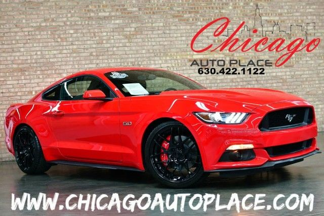 Photo 2017 Ford Mustang GT - 1 OWNER ONLY 2900 MILES 5.0L V8 ENGINE 6 SPEED MANUAL KEYLESS GO MULTI-ANGLE BACKUP CAMERA MICROSOFT SYNC CORSA PERFORMANCE EXHAUST LIKE NEW