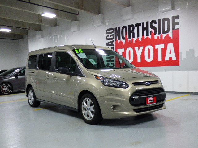 Photo Used 2015 Ford Transit Connect Wagon XLT For Sale Chicago, IL