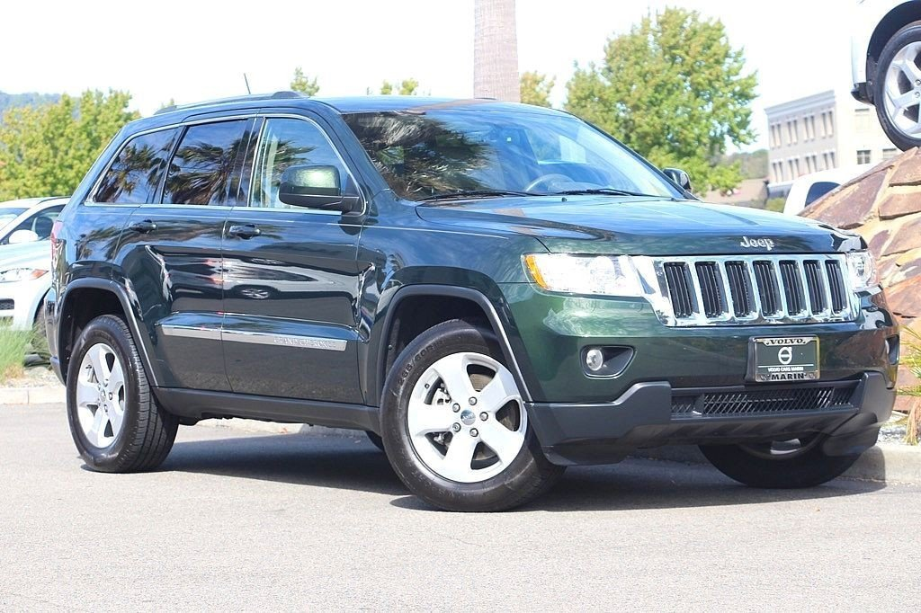 Photo Pre-Owned 2011 Jeep Grand Cherokee Laredo SUV For Sale Corte Madera, CA