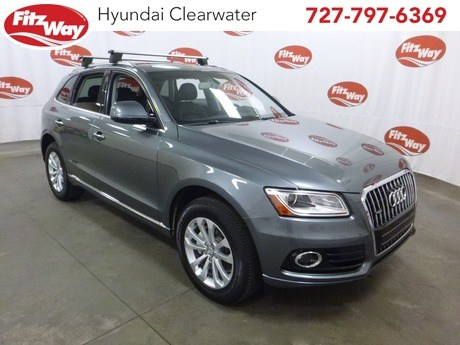 Photo Used 2016 Audi Q5 2.0T Premium for Sale in Clearwater near Tampa, FL