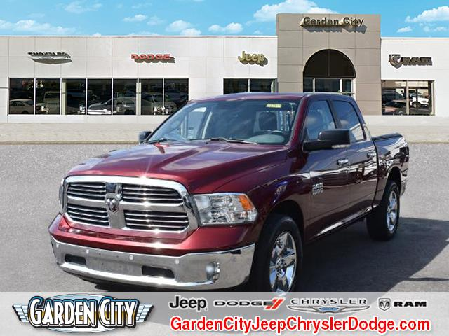 Photo Certified Used 2016 Ram 1500 Big Horn 4WD Crew Cab 140.5 Big Horn For Sale  Hempstead, Long Island, NY