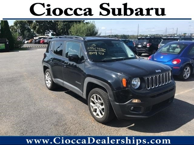 Photo Used 2016 Jeep Renegade Latitude For Sale in Allentown, PA