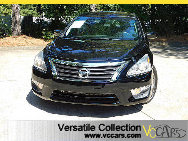 Photo 2015 Nissan Altima 2.5 S Sports Package Back Up Camera XM BT Spoiler