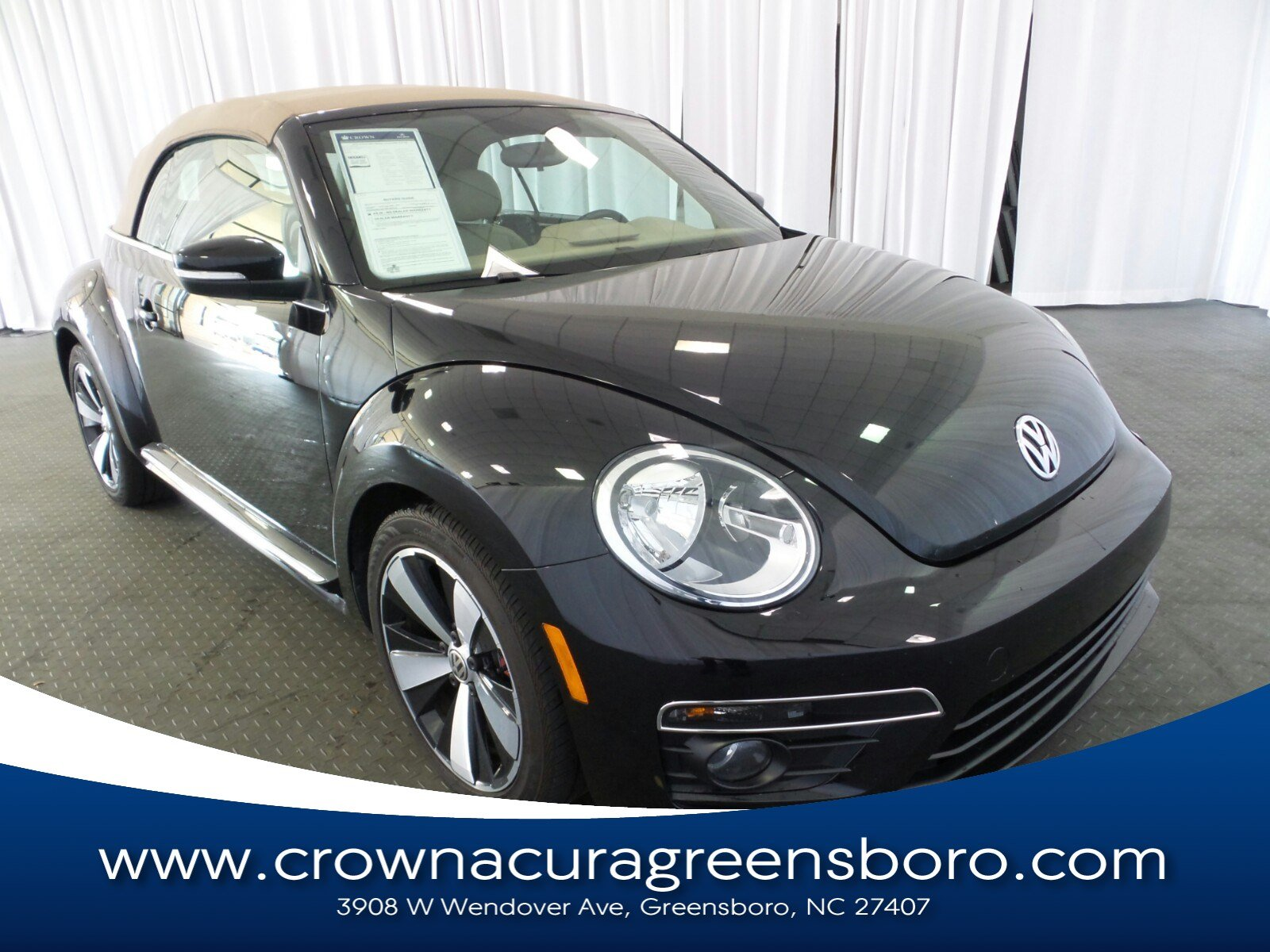 Photo Pre-Owned 2013 Volkswagen Beetle Convertible 2.0 TSi in Greensboro NC