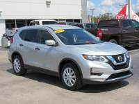 Pre-Owned 2017 Nissan Rogue FWD S FWD