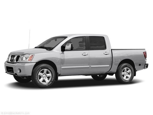 Photo Used 2004 Nissan Titan SE Truck Crew Cab for Sale in Fresno, CA
