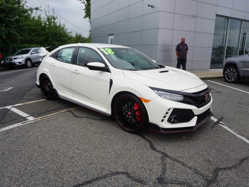 Photo Used 2018 Honda Civic Type R Touring Hatchback for sale in Totowa NJ