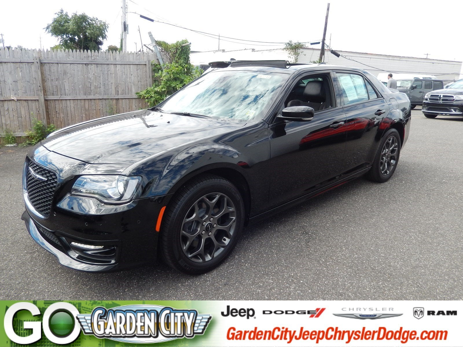 Photo Used 2017 Chrysler 300 300S 300S AWD For Sale  Hempstead, Long Island, NY