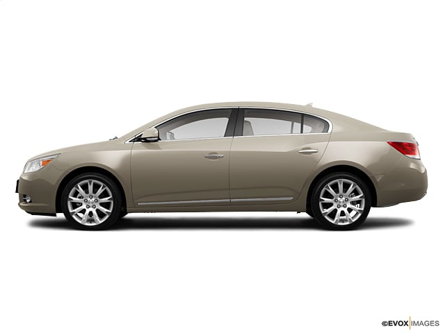 Photo Used 2011 Buick LaCrosse CXL Sedan Automatic Front-wheel Drive in Chicago, IL