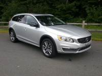 Simsbury, CT: Certified Pre-Owned 2018 Volvo V60 Cross Country T5 AWD Wagon