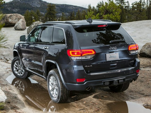 Photo Used 2015 Jeep Grand Cherokee Limited 4WD Limited in Utica, NY