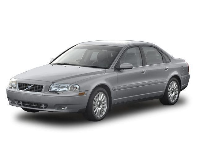 Photo Used 2004 Volvo S80 2.5T for sale in Fremont, CA