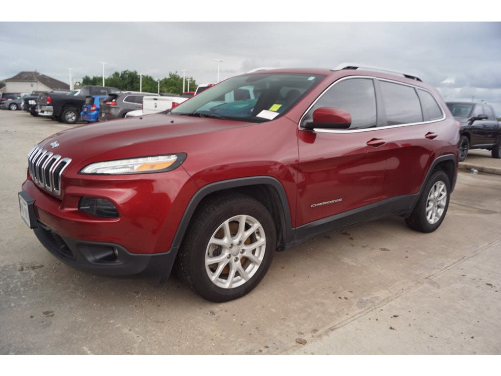 Photo 2015 Jeep Cherokee FWD Latitude FWD SUV in Baytown, TX. Please call 832-262-9925 for more information.
