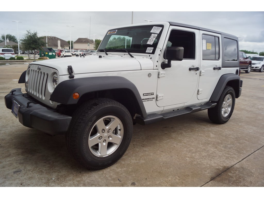 Photo 2015 Jeep Wrangler Unlimited 4WD Sport 4x4 SUV in Baytown, TX. Please call 832-262-9925 for more information.