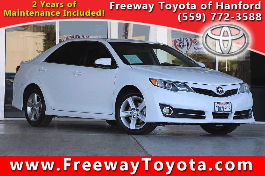 Photo 2014 Toyota Camry Sedan Front-wheel Drive - Used Car Dealer Serving Fresno, Central Valley, CA