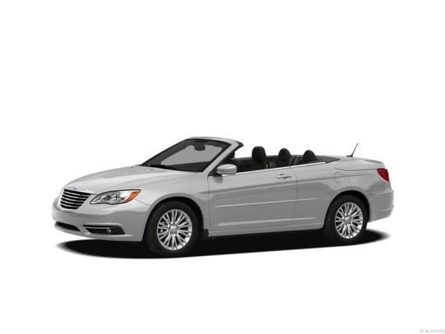 Photo 2012 Chrysler 200 Touring Convertible near Houston