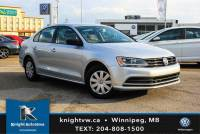 Certified Pre-Owned 2016 Volkswagen Jetta Sedan w/ Backup Cam/App Connect 0.9% Financing Available OAC. FWD 4dr Car