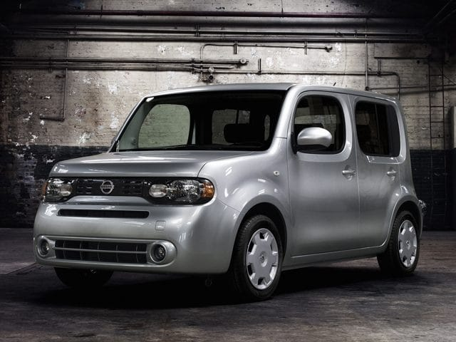 Photo Used 2011 Nissan Cube 1.8S Wagon in Merced, CA