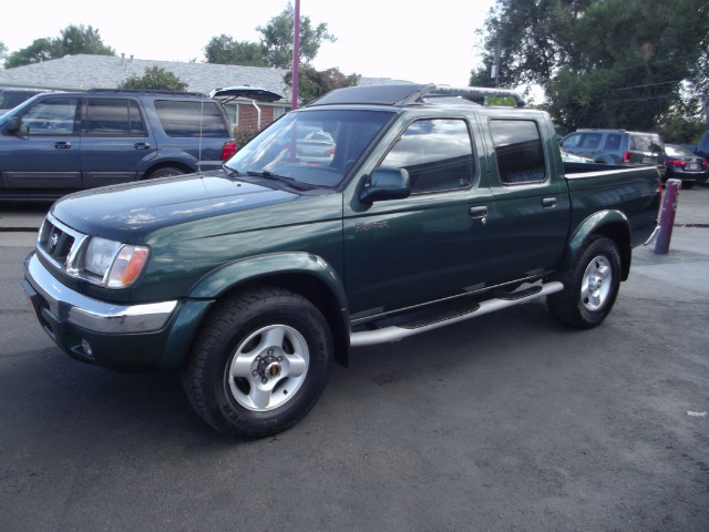 Photo 2000 Nissan Frontier XE Crew Cab 4WD