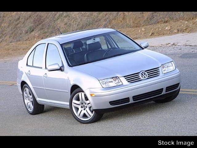 Photo Used 2003 Volkswagen Jetta GLS 2.0L Sedan in Culver City