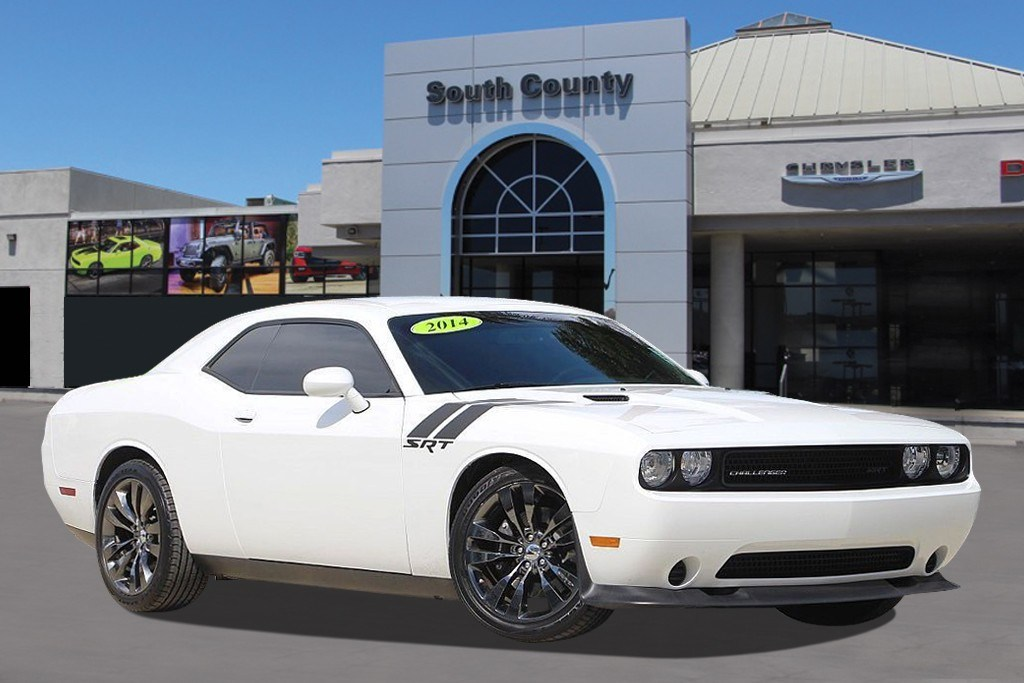 Photo Used 2014 Dodge Challenger SRT8 Core Coupe For Sale Near San Jose, CA