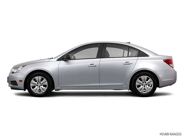 Photo Pre-Owned 2013 Chevrolet Cruze LS in Greensboro NC
