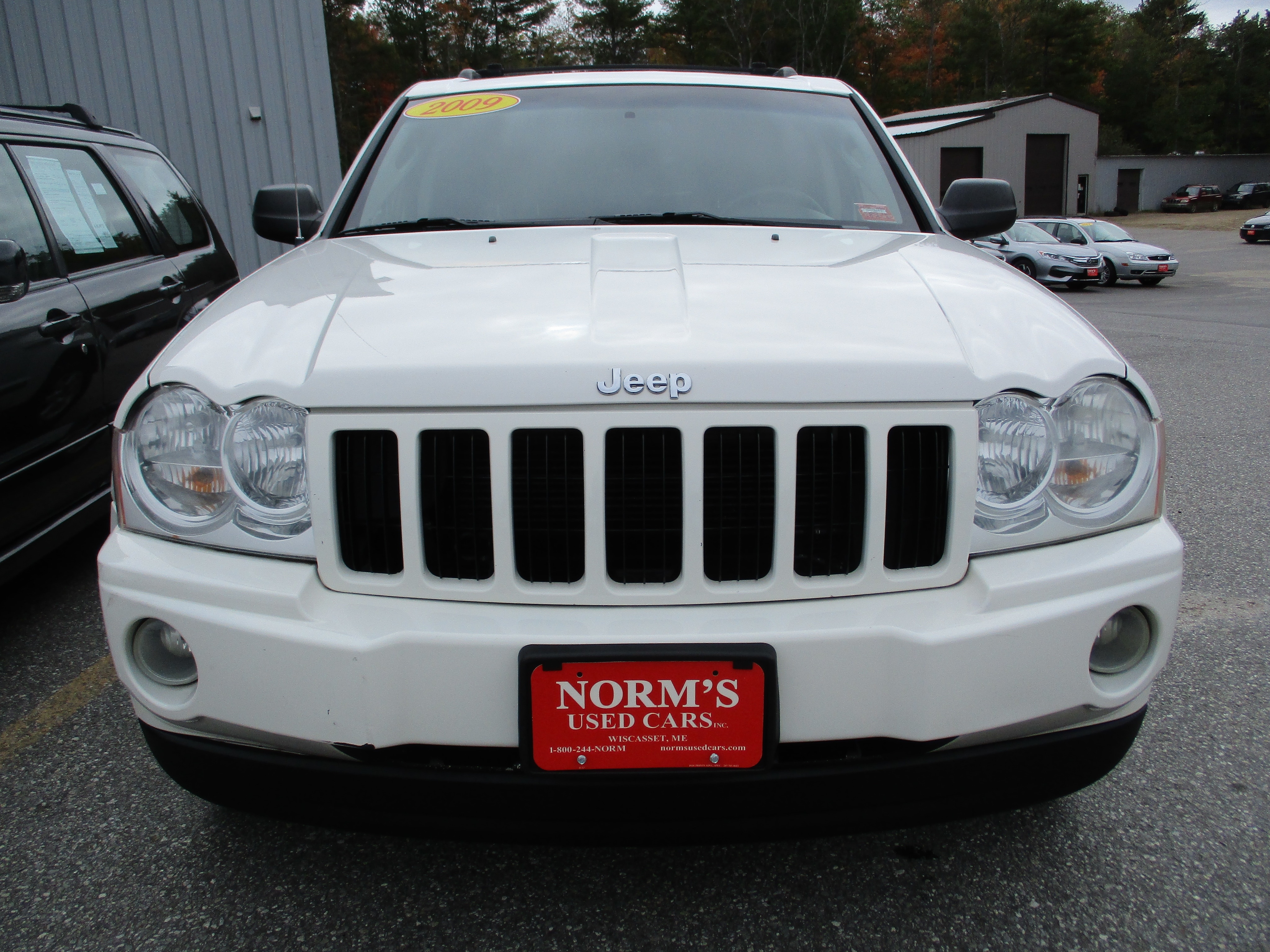 Photo Used 2009 Jeep Grand Cherokee For Sale  Wiscasset ME