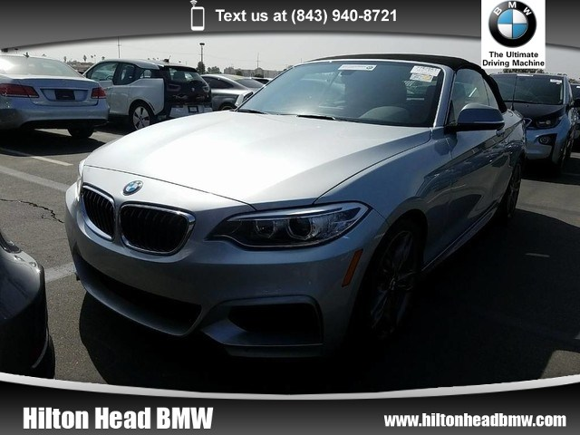 Photo 2015 BMW 2 Series M235i  BMW CPO Warranty  One Owner  6-Speed Man Convertible Rear-wheel Drive