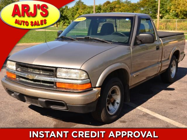 Photo 2003 Chevrolet S10 Pickup Long Bed 2WD