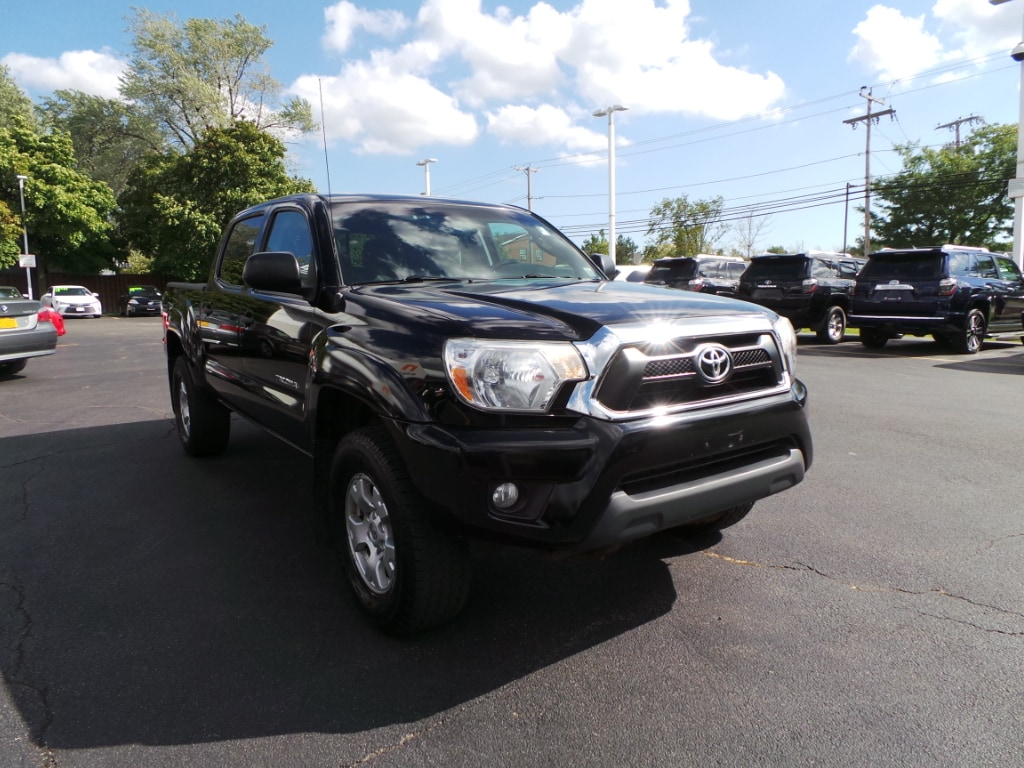 Photo 2012 Toyota Tacoma SR5 TRD Off-Road 4WD Truck Double Cab