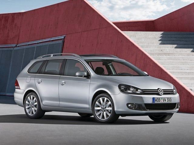 Photo Pre-Owned 2013 Volkswagen Jetta SportWagen 2.0L TDI Wagon in Dublin, CA