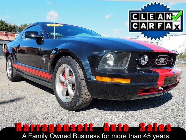 Photo 2006 Ford Mustang 5-Speed Full Power Black Red Stripes Sharp