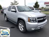 2013 Chevrolet Avalanche LT Black Diamond Truck Crew Cab For Sale in Madison, WI