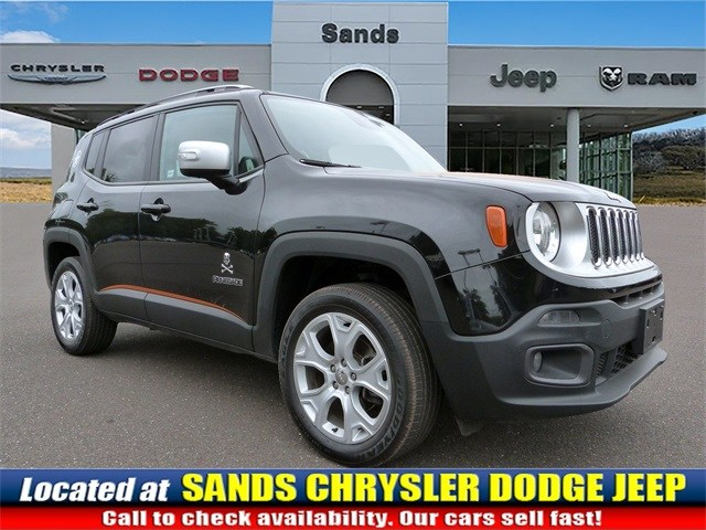Photo 2016 Jeep Renegade Limited SUV For Sale in Quakertown, PA