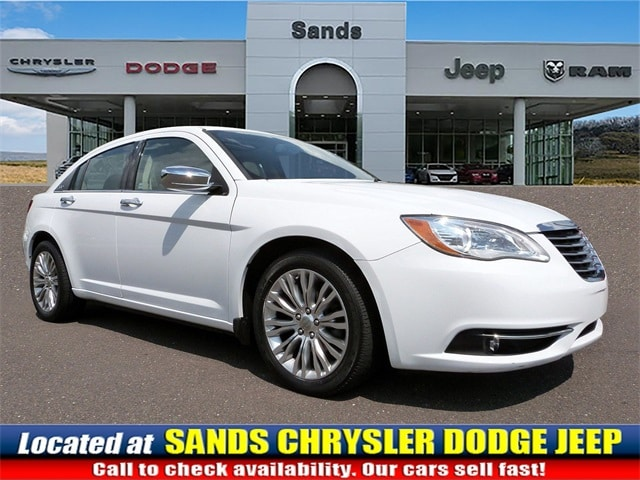 Photo 2012 Chrysler 200 Limited Sedan For Sale in Quakertown, PA