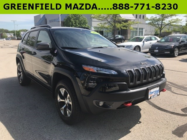 Photo 2018 Jeep Cherokee Trailhawk 4x4 SUV For Sale in Madison, WI