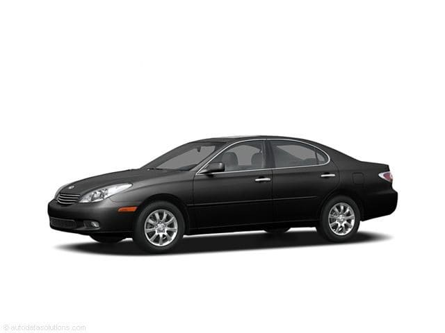 Photo Pre-Owned 2004 LEXUS ES 330 330 For Sale in Brook Park Near Cleveland, OH