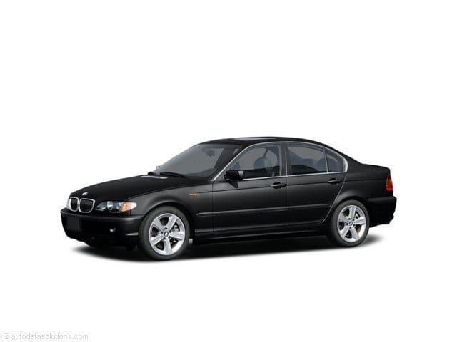 Photo Used 2004 BMW 325i Sedan