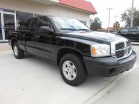 2007 Dodge Dakota SXT Club Cab 2WD